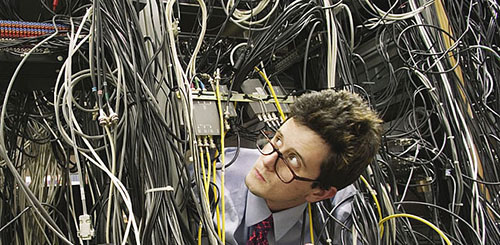Image Of A Guy Overwhelmed By Wiring: Restoration Wiring Harness At Jornalmilenio.com